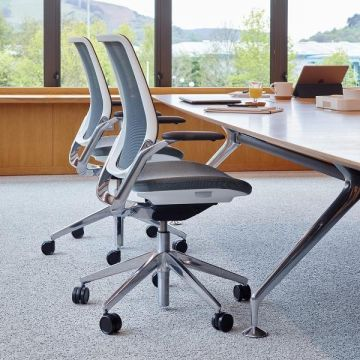 Eva Task Chair
