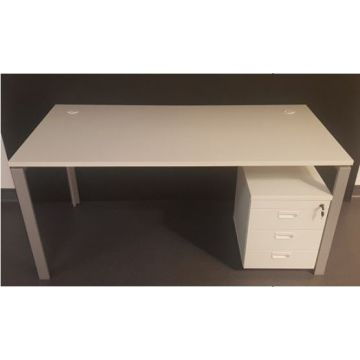 Single Desk - CLR