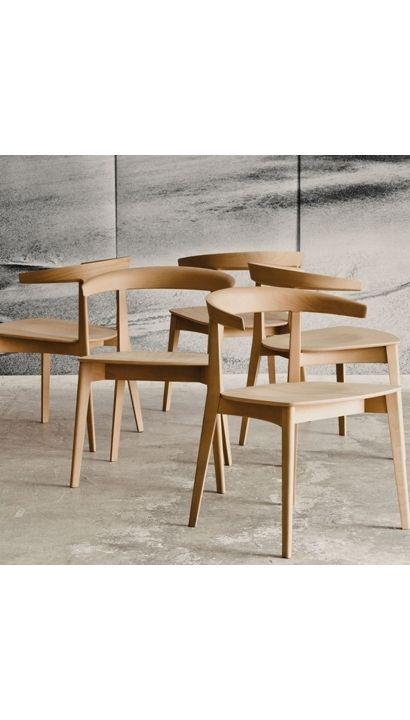Carola Chair